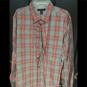 Mens shirt Banana Republic size medium 15-15 1/2